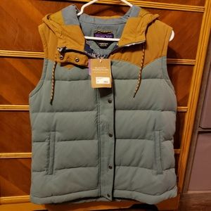 NWT Womens Patagonia Bivy Hooded Vest
